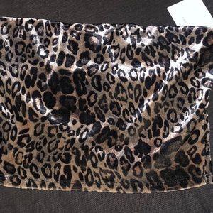Velvet leopard crop top Size SMALL